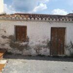 0545  – Casa / Terreno en Lobres