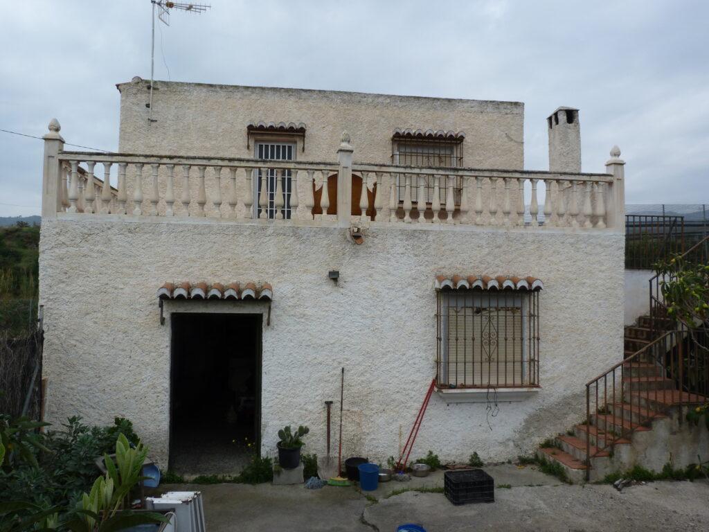 0682 – Country Property in Salobreña