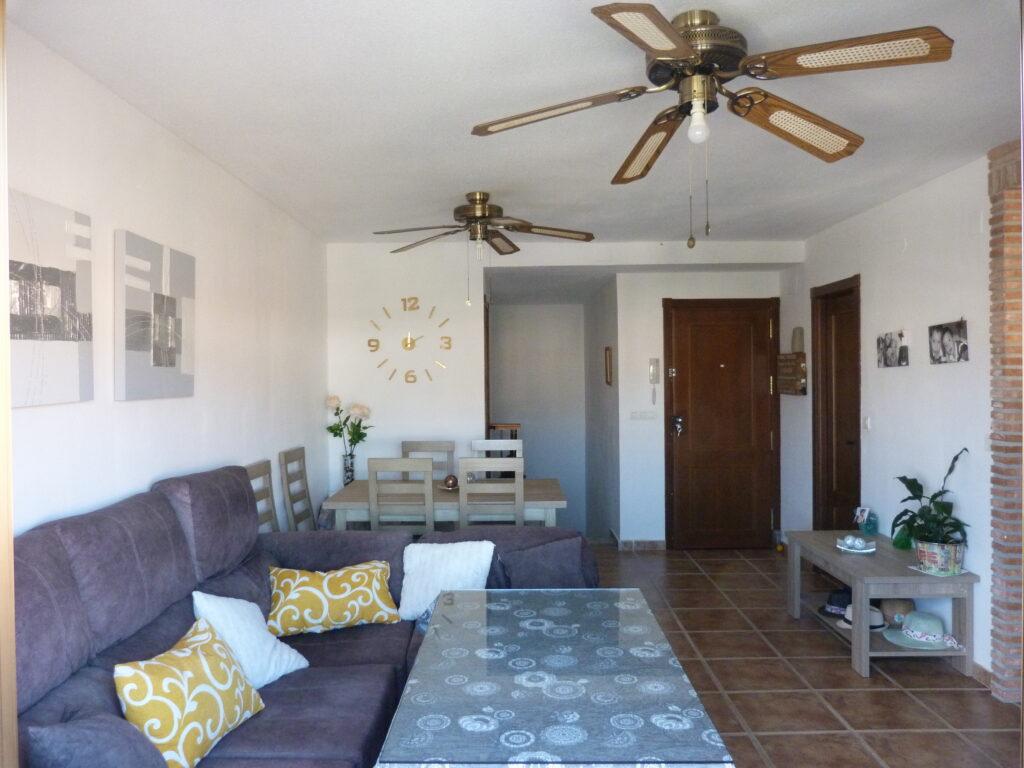 0686 – Apartment on Salobreña beach